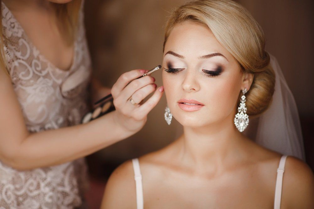 Wedding Lashes And Make-Up Tips
