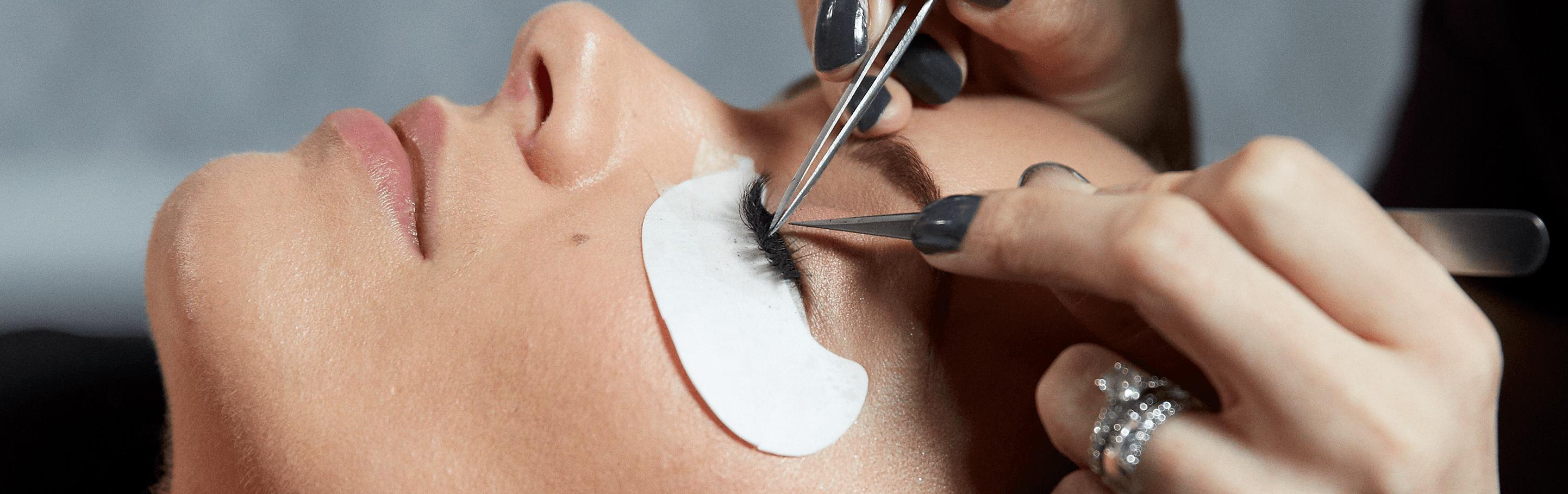 How Long Do Semi-Permanent Eyelashes Last?