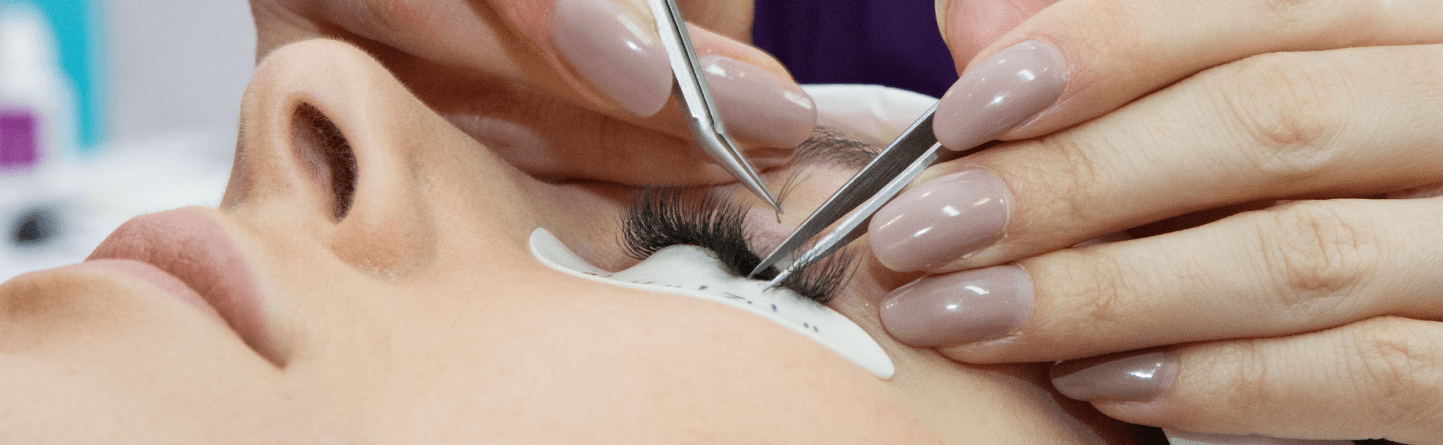 Fan Lashes: Pre-Made Vs Handmade Lashes