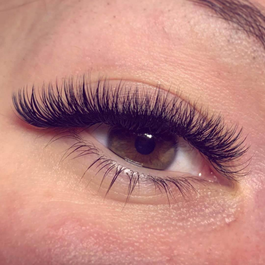 SVS Volume Lash Extensions Before and After