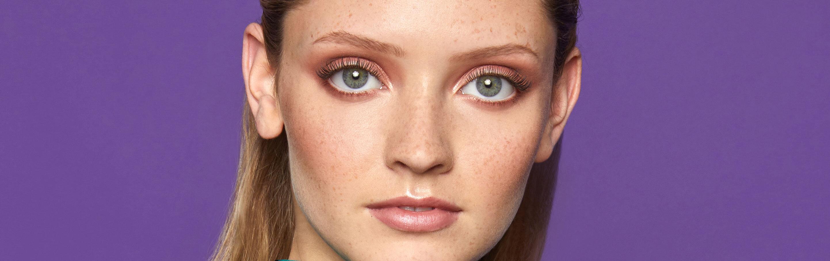 Extend lash extensions close up Nouveau Lashes